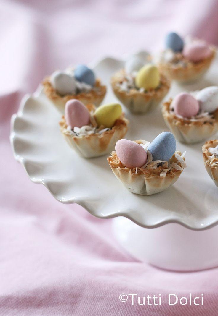 cadbury easter egg phyllo cups @Laura | Tutti Dolci