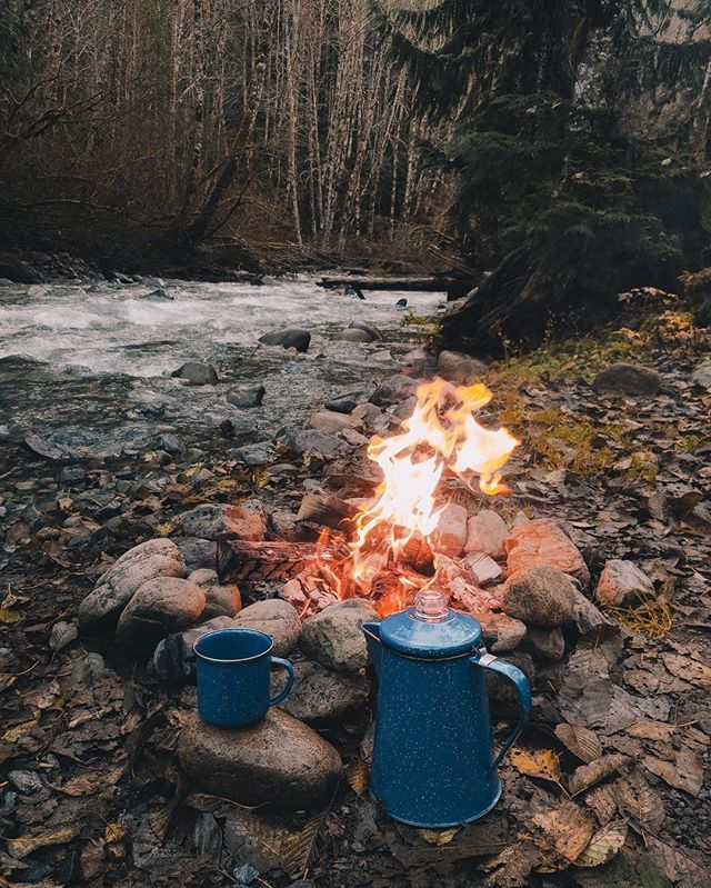 Nothing better than an early morning out by the river. It was amazing enjoying the fire and being able to quickly capture each moment with the new #LGV20 @lgusamobile #ad