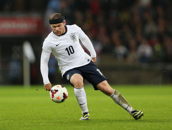 Wayne Rooney con la maglia della sua nazionale (Inghilterra)