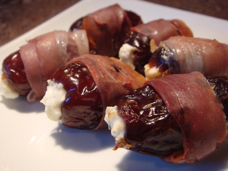 Dátiles con queso, almendra y bacon