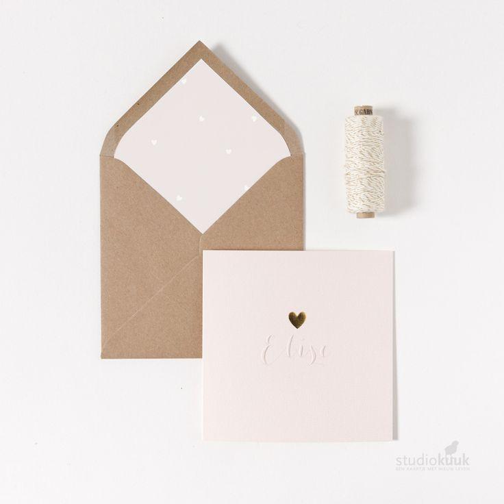 Uniek geboortekaartje met goud hartje voor een meisje! Bekijk onze gehele collectie met accenten in foliedruk op onze website! | goudfolie hart | foliedruk | studiokuuk.nl