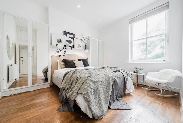 A newly designed and decorated 1 bedroom in Islington fitting up to 3 guests.