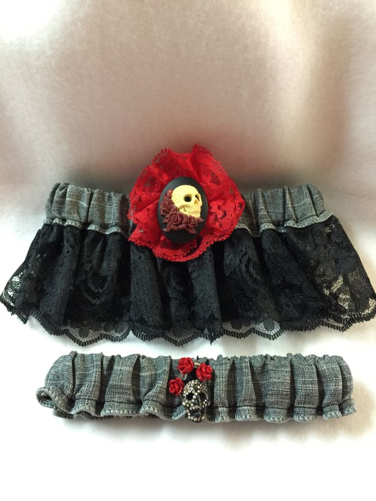 Skull Roses Lace Wedding Garter Set Custom Made To Order Black And Red