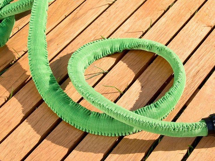 Faites de votre tuyau d'arrosage extensible un véritable réseau de tuyaux pour irriguer tout votre jardin avec ce raccordement de 7,5 m.