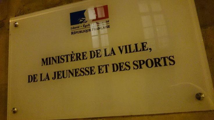 Le 15 septembre dernier, Thierry Braillard, Secrétaire d'État aux Sports, avait mandaté Jean-Pierre Karaquillo, Professeur agrégé des Facultés de Droit et co-fondateur du Centre de Droit et d'Écono...