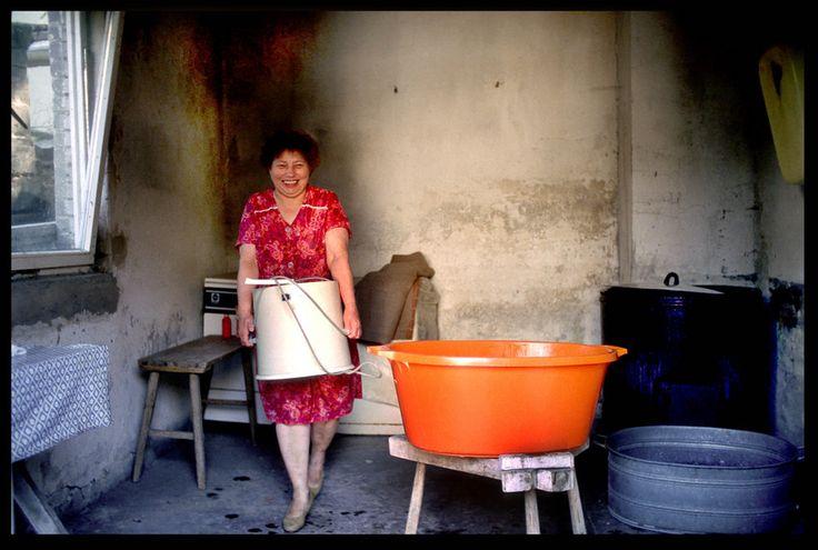 Waschtag in Sellin: Eingeweicht, geschrubbt, gespült - und jetzt nur noch schleudern.