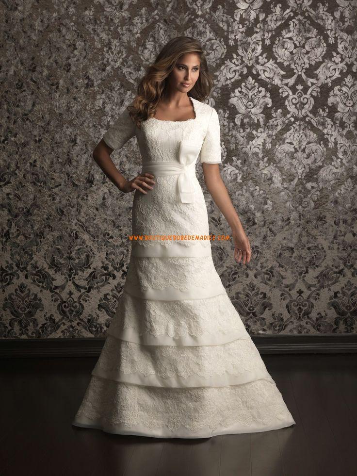 Robe de mariée avec manches organza application de dentelle