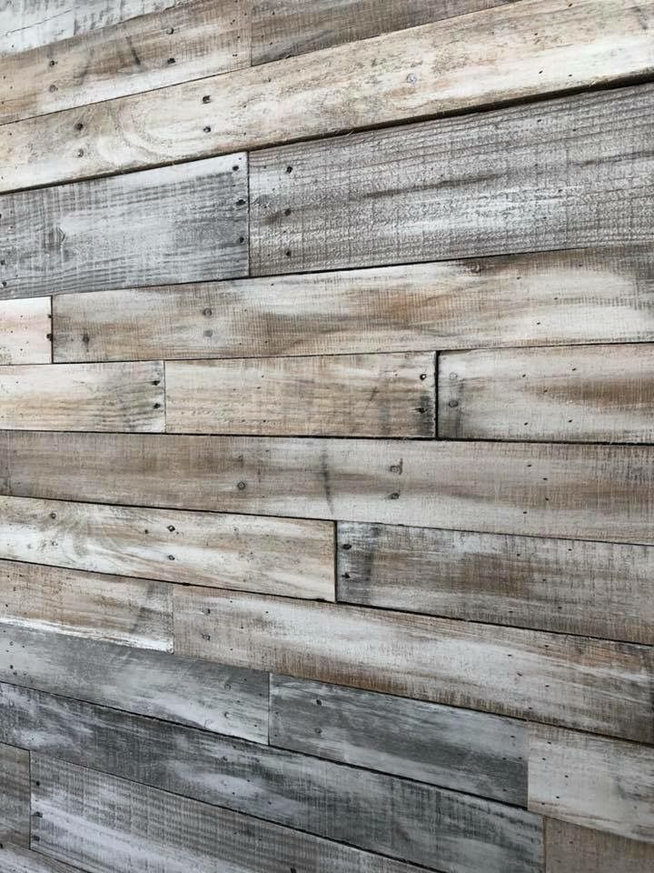 White And Gray Wash Pallet Wood Wall In 2020 Wood Wall