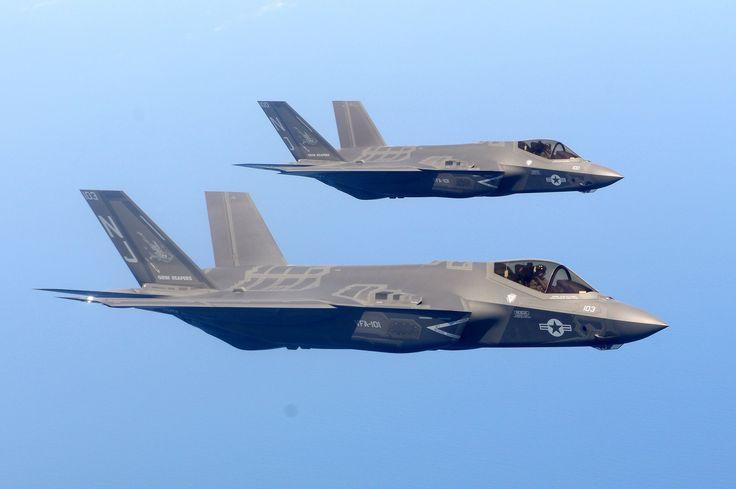 Military - Lockheed Martin F-35 Lightning II Jet Fighter Aircraft Warplane Wallpaper