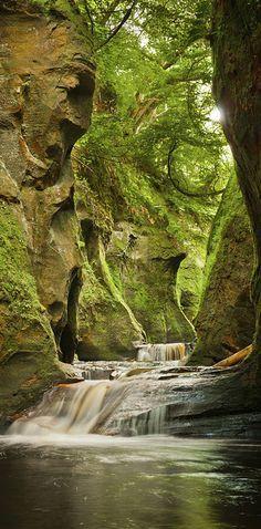 Finnich Glen, The Devil's Pulpit, Scotland ~ Finnich Schlucht, Teufel-Kanzel, Schottland