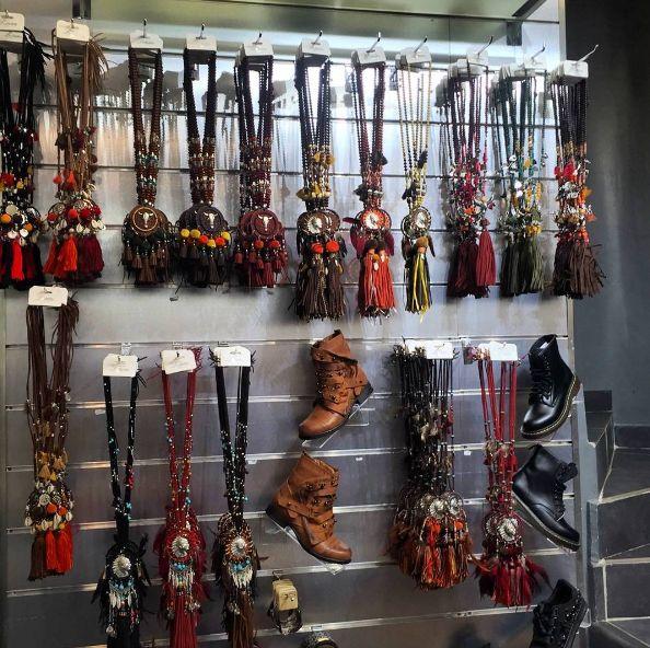 #accessoires #automne sont dispos ! Appelez nous pour les commander ! #fashion #moda #grossiste #woman #femme #boho #style #wear #tendance #chic #France #glamour #romantique #bohostyle #bohochic #hippie #shopping #showroom #Marseille #cute #nouveauté