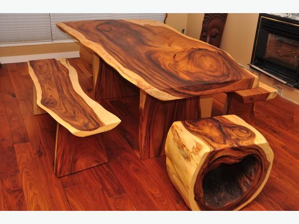 Table Benches And Chairs Made From Maple Kind Of Looks Like Baconthis Is Wonderful Way To Repurpose Old Wood Make A Real Crowd Pleasing Dining Room