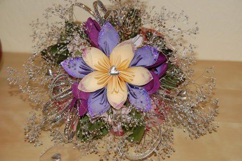 Blumenstrauß in Fleurogami Technik by helena, Dieser Blumenstrauß mit einer Fleurogami-Blüte (Durchmesser ca.25cm)  ist von mir in Fleurogami Technik ...