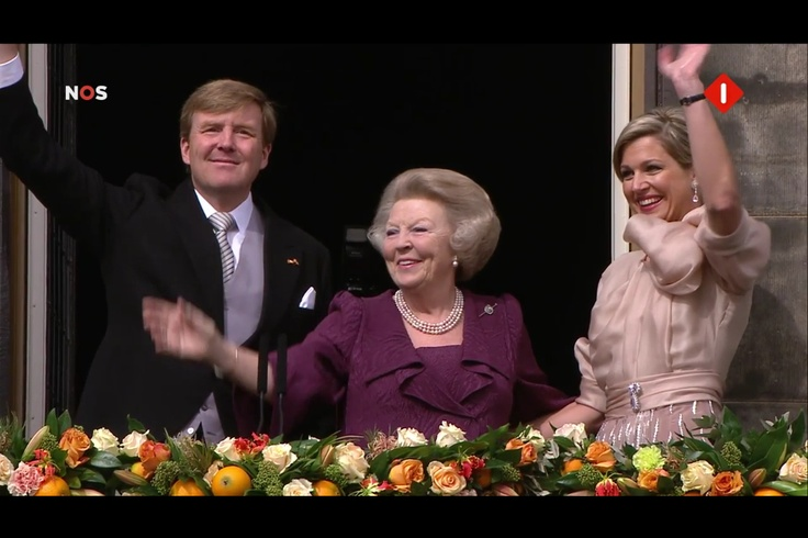 The balcony scene with the new King of the Netherlands.