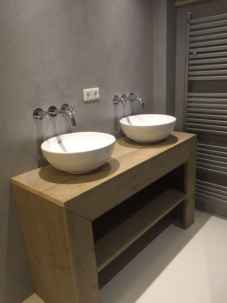 Badkamer met epoxy vloer