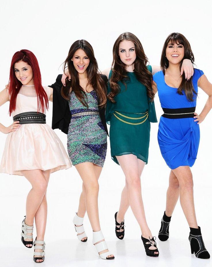 Ariana Grande, Victoria Justice, Elizabeth Gillies & Daniella Monet