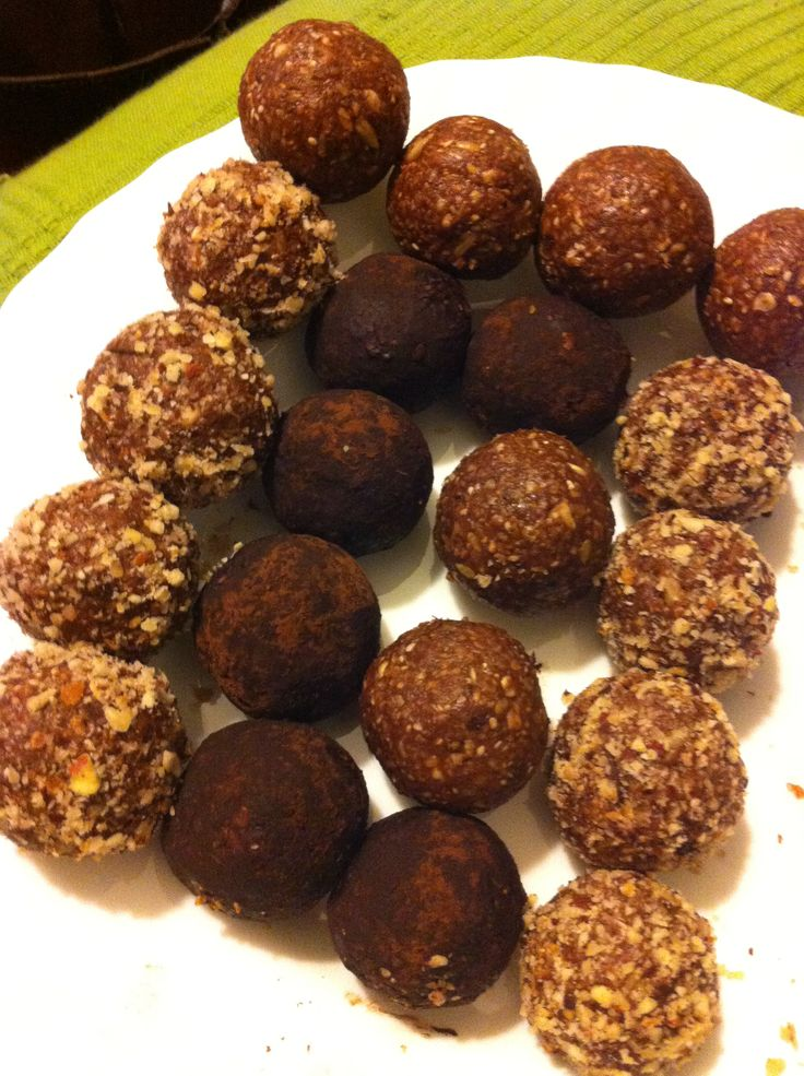 Energy yummy balls: 1 cup peanut almond butter, 1/2 cup flaxseed meal, 1 cup oats, 1/4 cup sunflower seeds half of those pulsed, 1 handful or more of dark chocolate nibbles, 2 tbsp dry cocconut, 3 full tbsp of nutella, 3 tbsp of cocconut oil, 2tbsp of honey or agave  any small amounts of dried fruits or seeds. Mix really well and form little balls (I do this with my hands) and set in container in fridge. Gluten and dairy free.