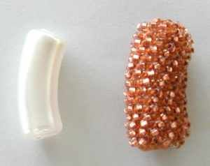 Very good tips and lessons on bead crochet. Beadwrangler's Tips & Techniques on bead crochet inc beaded beads.