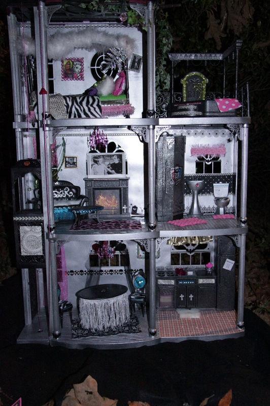 617 Best Monde De Monster High Dolls House Idea Furniture
