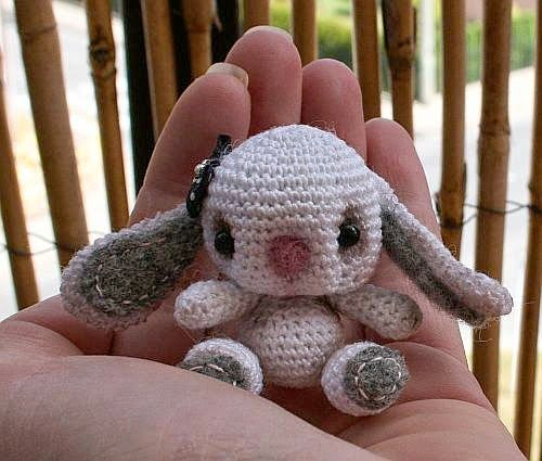 Larris handmade jewellery: Bielinka Klapouszna - kolekcjonerski mini królik, ...