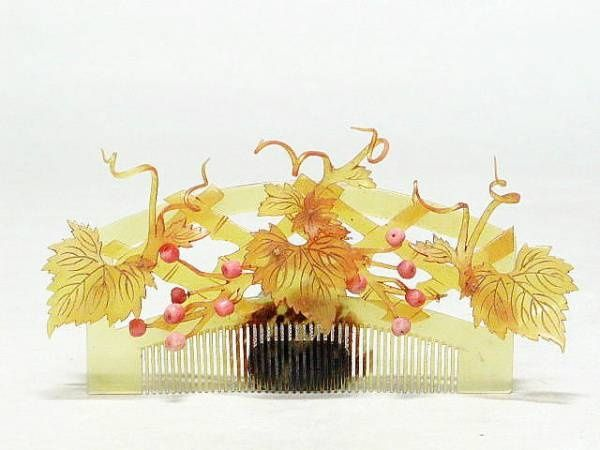 Kanzashi | coral and tortoise comb, Japan - 1800's