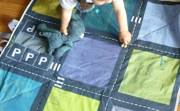 Tuto : tapis d'éveil ingénieux et modulable en tissu