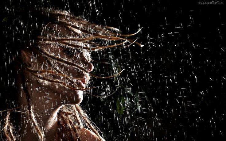 Dziewczyna, Rozwiane włosy, Deszcz