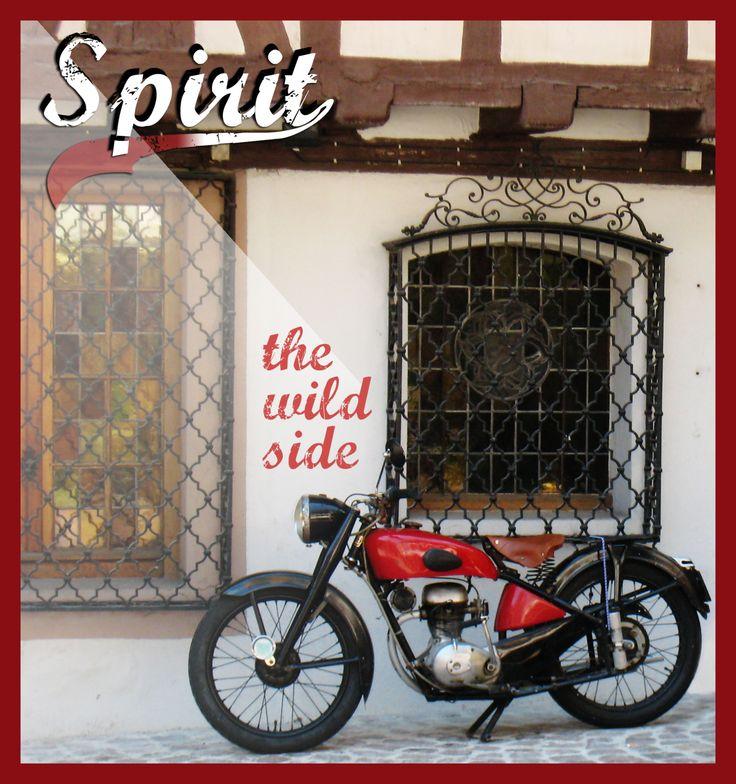 Marketing y publicidad, fotografía de motocicleta en Colmar. Diseño gráfico de e-studiodigital.com