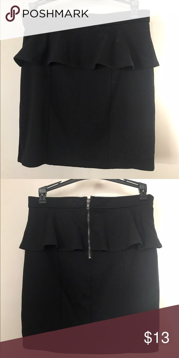 AEO black peplum skirt From American Eagle, worn once, in great condition. Hits at about mid thigh. Zips on the back. About 17.5 inches from top to bottom. Great for clubbing/going to bars. American Eagle Outfitters Skirts Mini