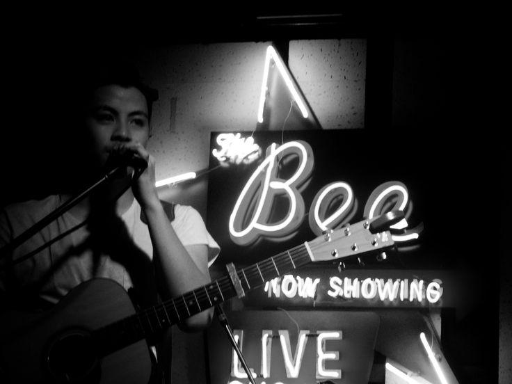 https://flic.kr/s/aHsksixMVy | The Sam Willows Live in Kuala Lumpur | 5th March 2016 // The Bee, Publika