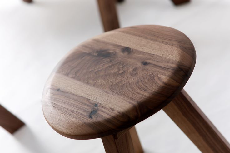 PEBBLE collection - solid WALNUT chair