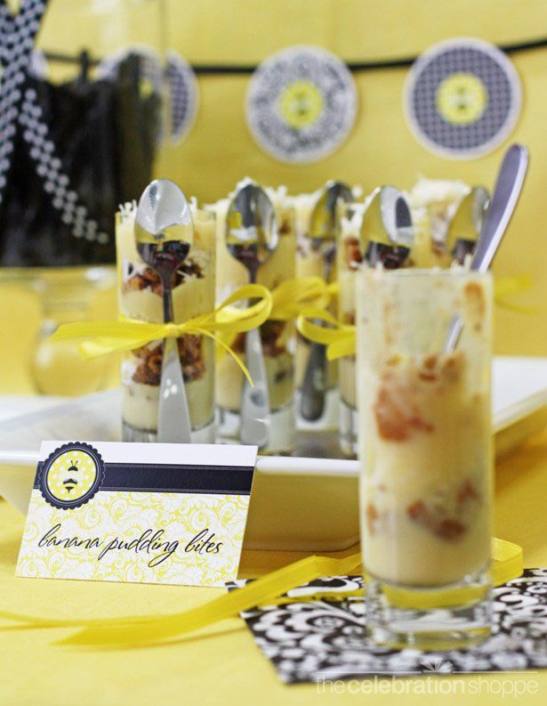 Black and yellow bumble bee party idea and printable supplies: Snacks Recipes, Bananas Puddings, Food Ideas, Kids Ideas, Bees Parties, Dinners Parties Ideas, Bananas Bites, Shower Theme, Baby Shower