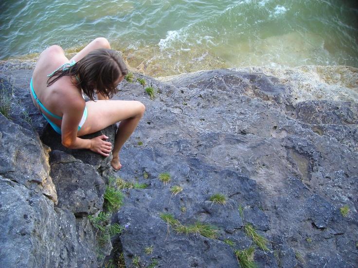 climbing rock sea swimsuits - photo #14