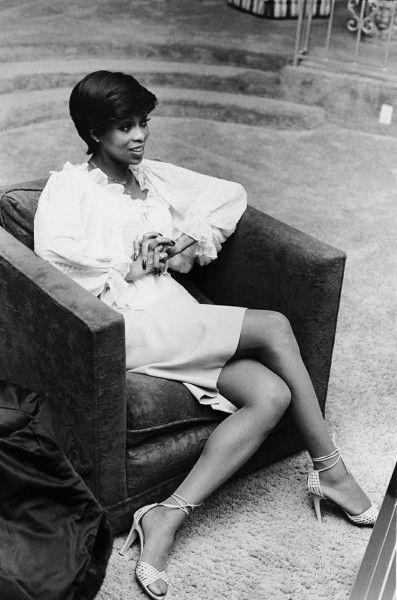 Lola Falana: Black Women: The Original Beauty Standard @www.joneshousepublishing.com vintage-visions-lola-falana-fbd10