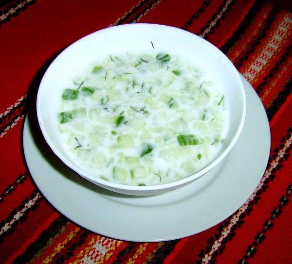 tarator macedonian food - instead of soured milk use mylk (almond, cashew...) with lemon