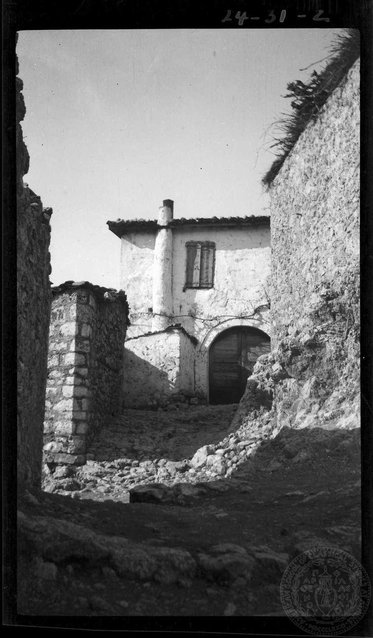 Arachova. House. Dorothy Burr Thompson. 1924