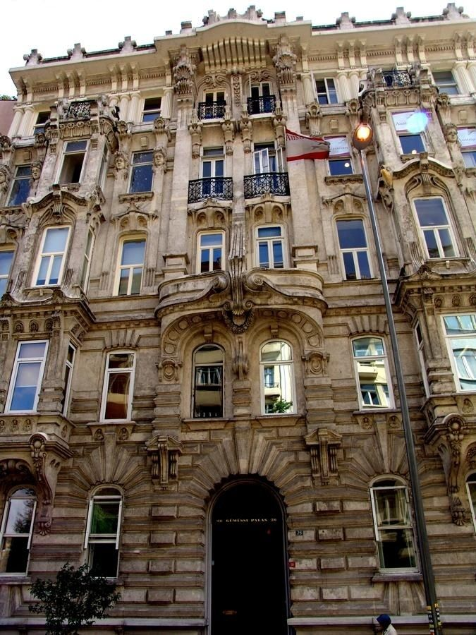Istanbul art nouveau architecture art nouveau for Architecture art