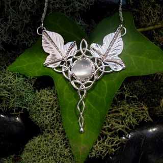 evenstar necklace moonstone - photo #37