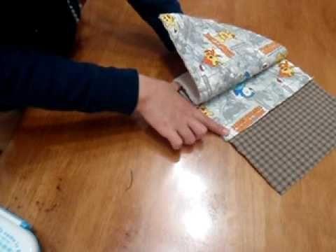 幼稚園や保育園で指定されることの多い、封筒タイプの横入れお弁当袋の縫い方です。 縫い方はとってもカンタンなのに、「どうやって縫ったの~!?不思議~?」と よく言われる縫い方です。レシピ公開のリクエストもとても多かった作品です。 サイト http://cuddly.stay-or-go.net/