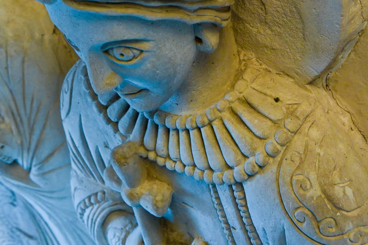 detail, stucco figures, 8th cent.