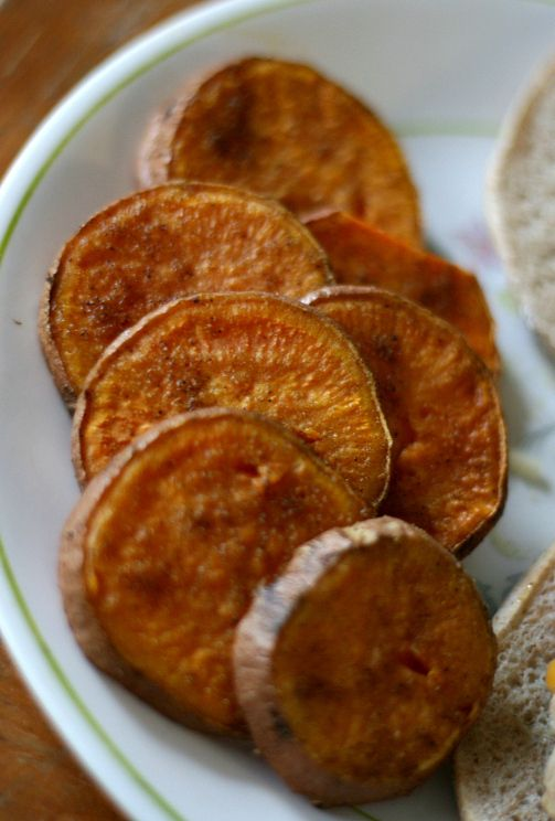 Baked sweet potato slices - super delicious & easy!