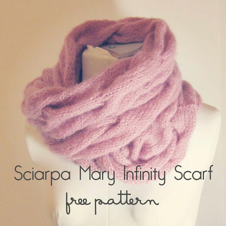 Sciarpa Mary Infinity Scarf Italiano / English - Gomitolo di Lana: Innamorarsi del Lavoro a Maglia - Knitting