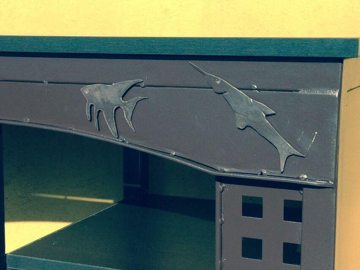 arte y diseo en metal detalles decorativos en soportes o mesas para peceras acuarios