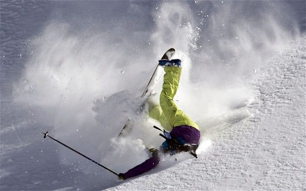 Skiing fail- we've all done one! Here are some of our favorite skiing fails videos   http://ilovetoskiandboard.com/the-funniest-skiing-fails/