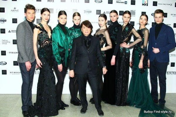 Guests-mfw-nedelya-mody-v-moskve-yudashkin-carden-027 Показ модели Валентин Юдашкин, неделя моды в Москве, fashion style runway fashion week, модные тренды 2016-2017