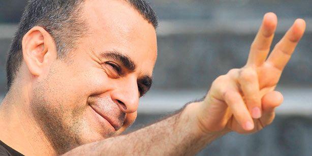 Il successivo Marooned in Iraq (2002) viene presentato nella sezione Un Certain Regard del Festival di Cannes 2002. Turtles Can Fly (2004) vince svariati premi nei festival internazionali, tra cui il Peace Film Award al Festival di Berlino, la Concha d'oro per il miglior film al Festival di San Sebastian...