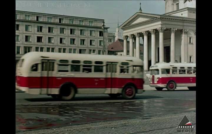 Pl. Trzech Krzyży, 1955