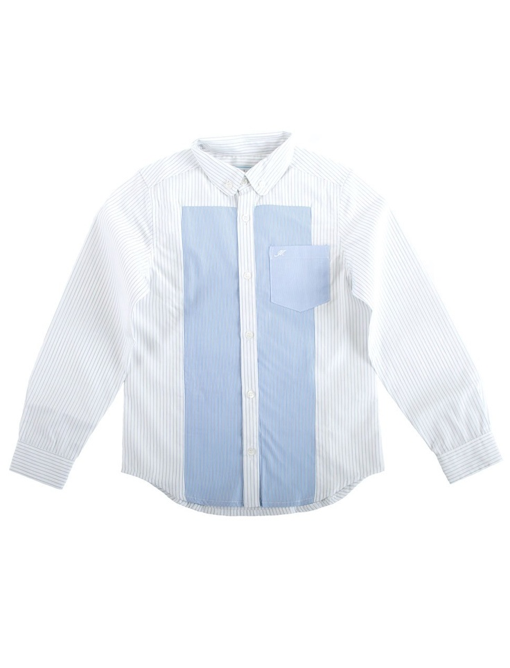 Button down striped boys shirt. Button down gestreept jongens overhemd.