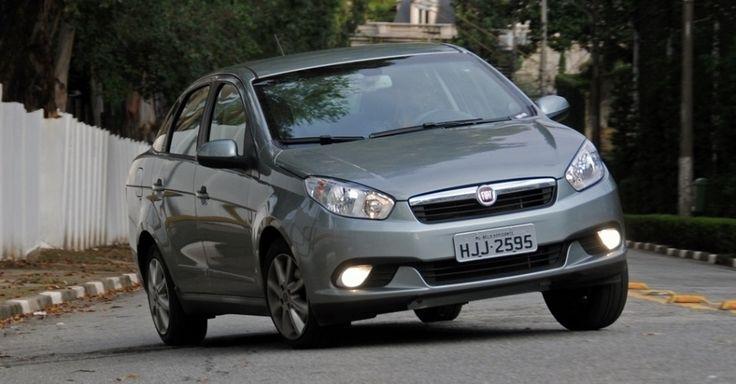 15) FIAT SIENA/GRAND SIENA, com 3.958 unidades emplacadas em novembro de 2015. Fonte: Agência AutoInforme