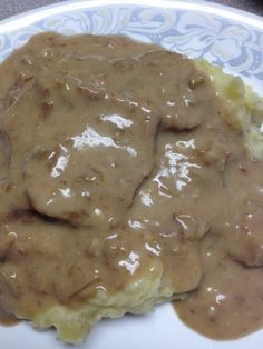 Crockpot Cube Steak and Gravy (use GF crm mush soup & sub GF chicken broth for water but use less)